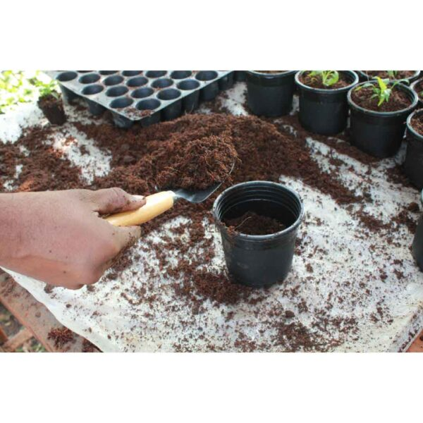 Garden Tool Kit for Cultivating Soil - Gardening Tools